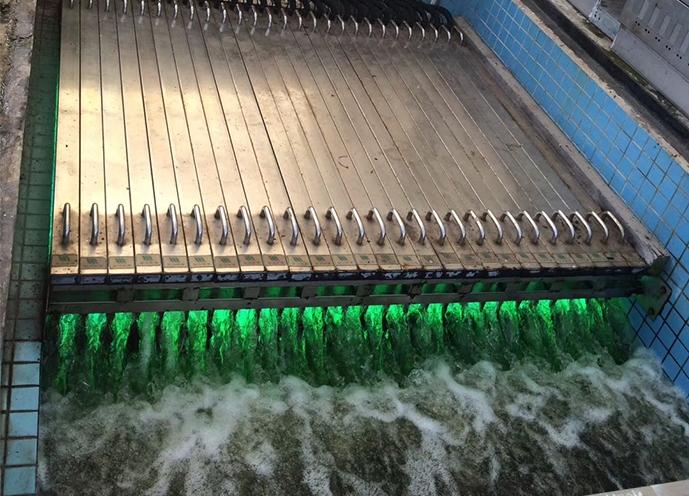 成都西汇水环境紫外线消毒器应用
